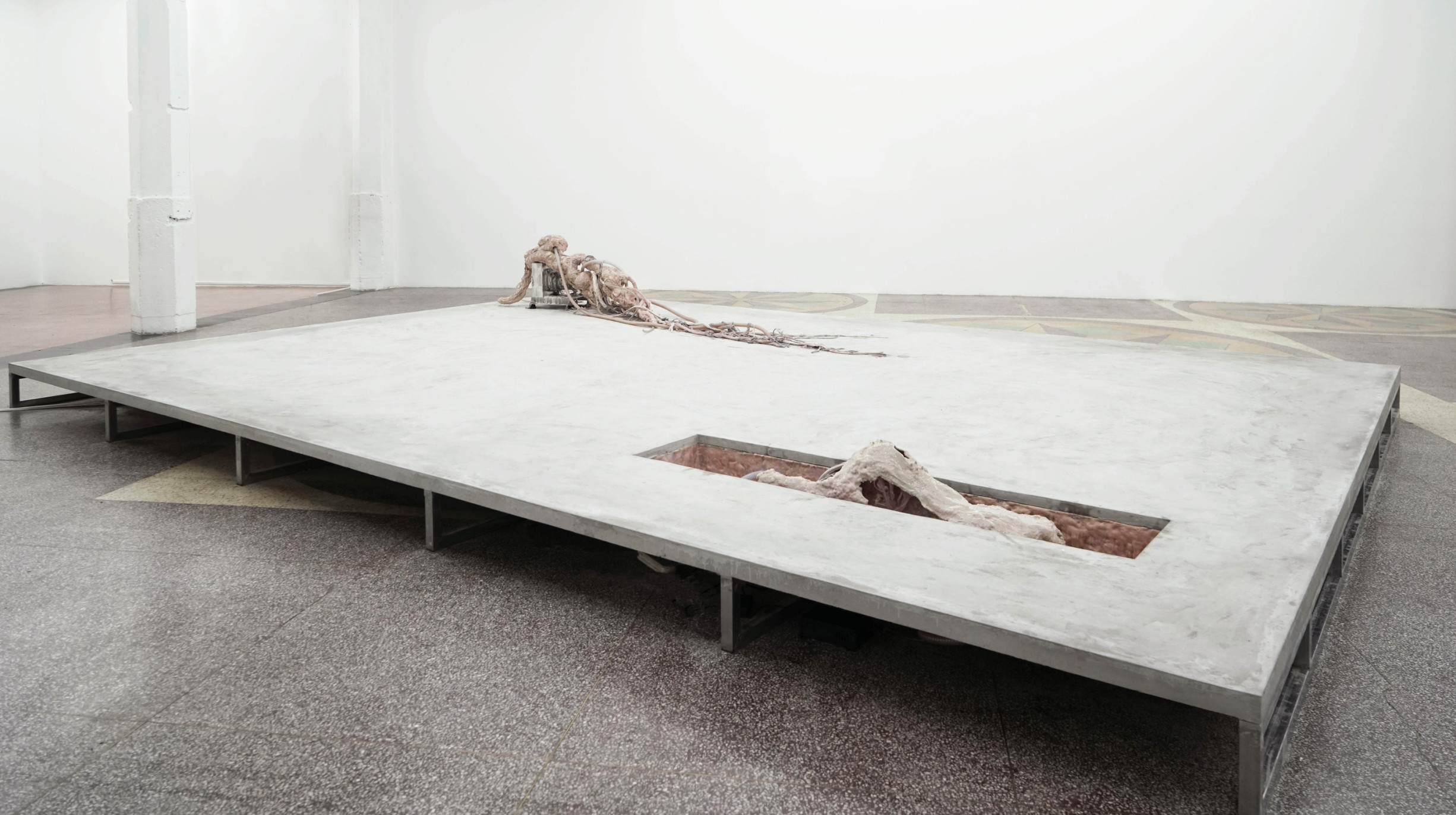 Mire Lee, Horizontal Forms, 2020.