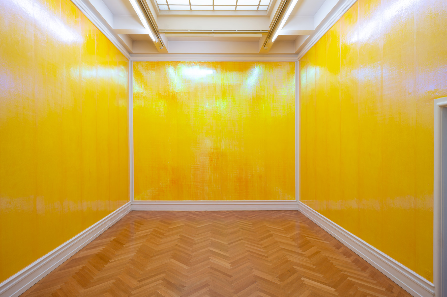 Lutz Bacher, It's Golden, 2013.