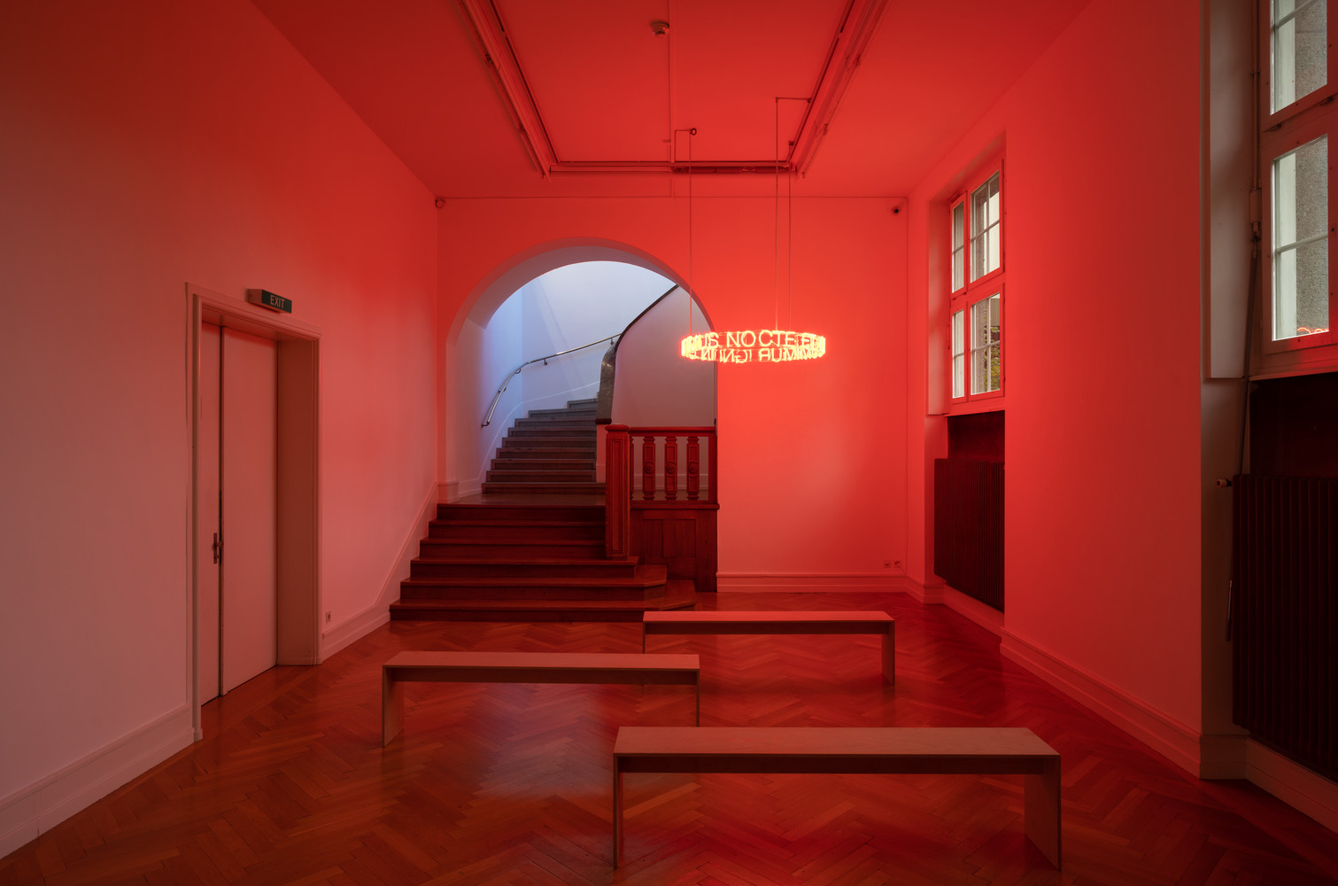 Cerith Wyn Evans, in girum imus nocte et consumimur igni, 2008, collection Alexander Schröder.