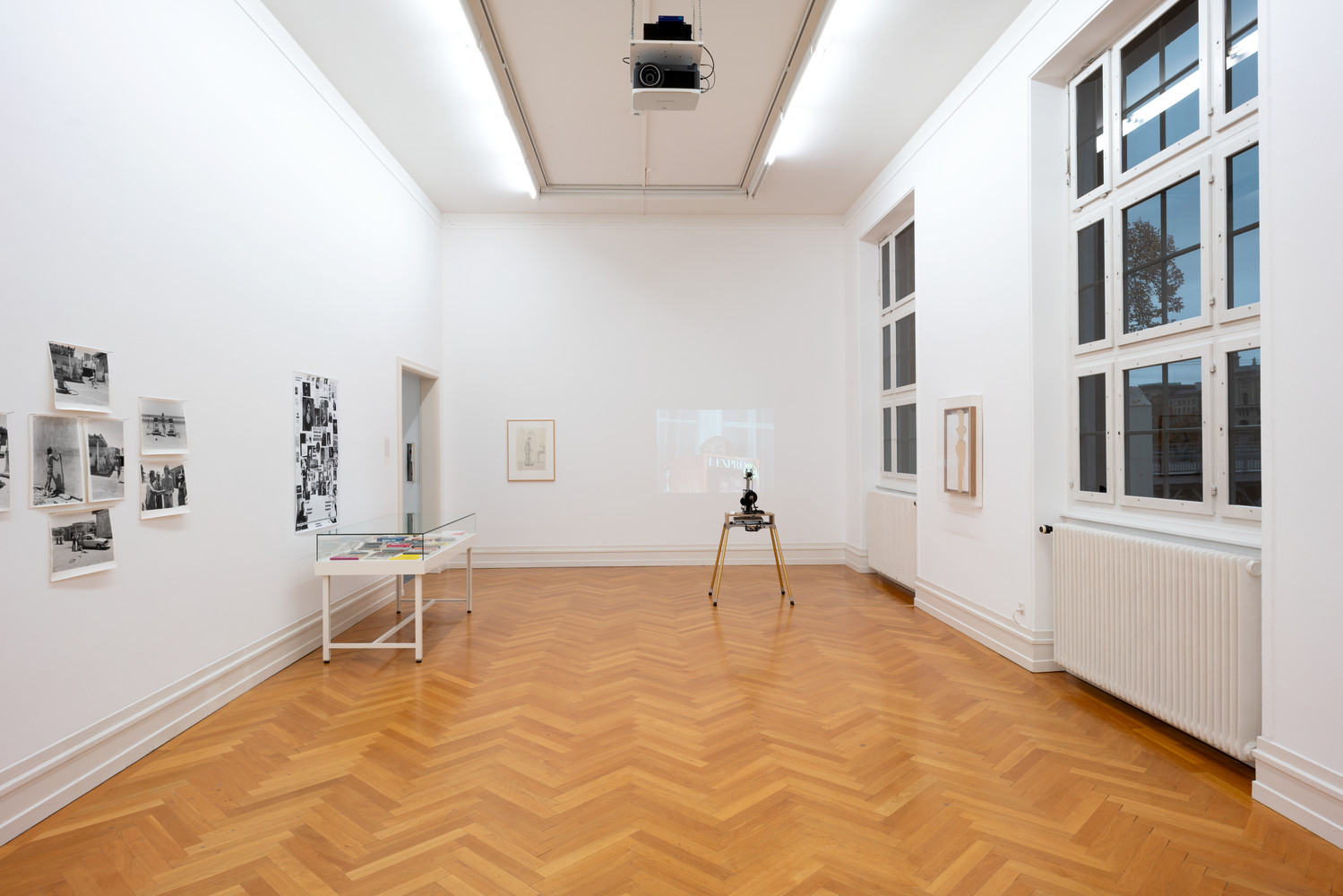 Exhibition view, No Dandy, No Fun, Kunsthalle Bern, 2020.